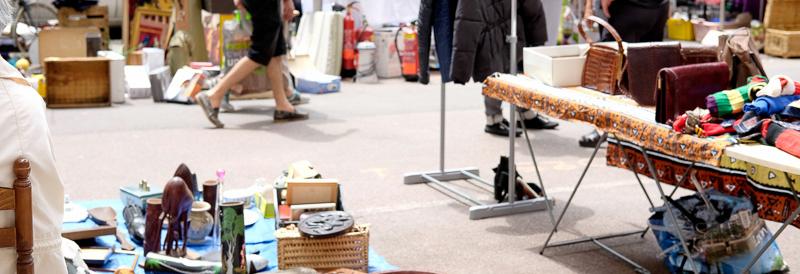 les astuces pour pr senter votre stand de vide greniers. Black Bedroom Furniture Sets. Home Design Ideas